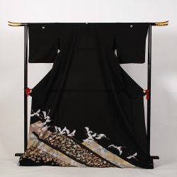 ht-No1   ひとえの留袖 (ゆったりサイズ)飛鶴花