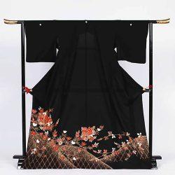 ht-17 ひとえの留袖 蝶に生垣