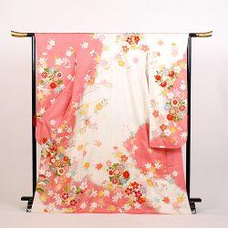 f-113 振袖 ピンク.白染分け 菊 橘 桜