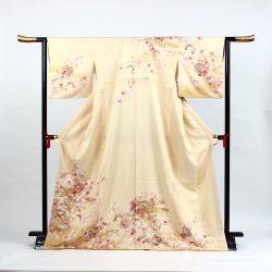 H-115 クリーム色に鈴と小桜